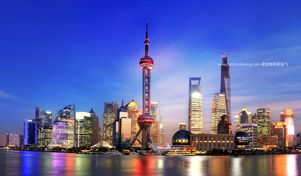 上海外滩建筑群照片