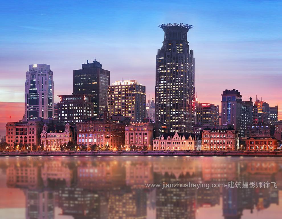 上海外滩建筑群全景照片